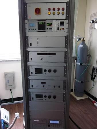 SPECS Ambient pressure STM3.jpg